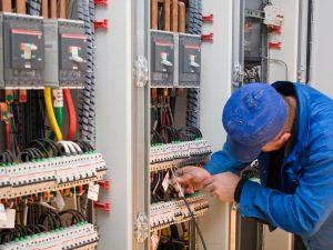 Atelier de câblage des armoires électrique